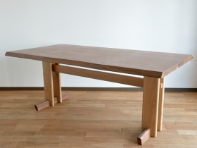「森の妖精」ダイニングテーブル